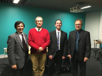 (v. l.): Dr. Leeson (Warwick University), Dr. Jim Pervez (London South Bank University), PhD Markus Cremer und Prof. Dr. Uwe Dettmar