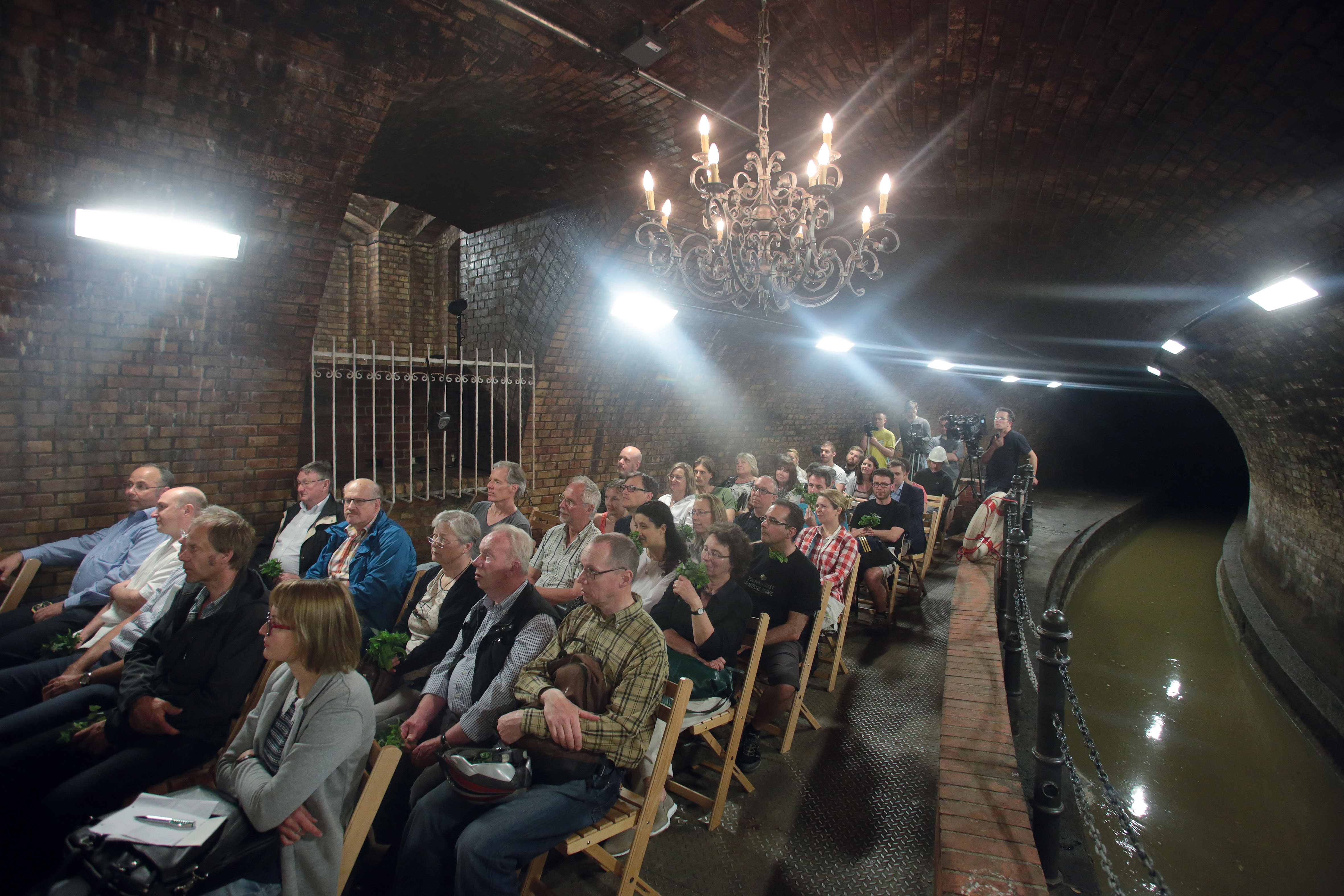 Besichtigung Kronleuchtersaal Köln ~ Energieversorgung in der stadt th köln