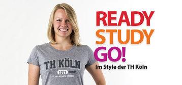 Blonde Frau im grauen T-Shirt mit Aufschrift TH Köln, daneben Schrifzug Ready Study Go im Style der TH Köln (Bild: Campussportswear)