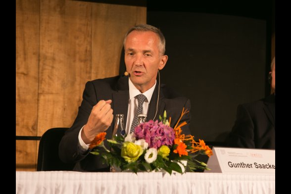 Gunther Saacke (Qatar Re, Chief Executive Officer)