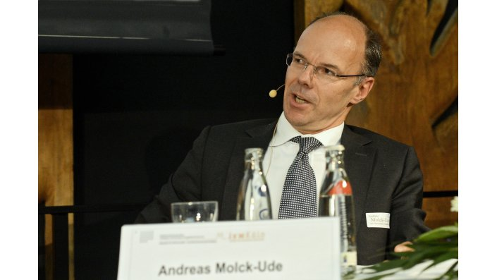 Andreas Molck-Ude (New Re, CEO)