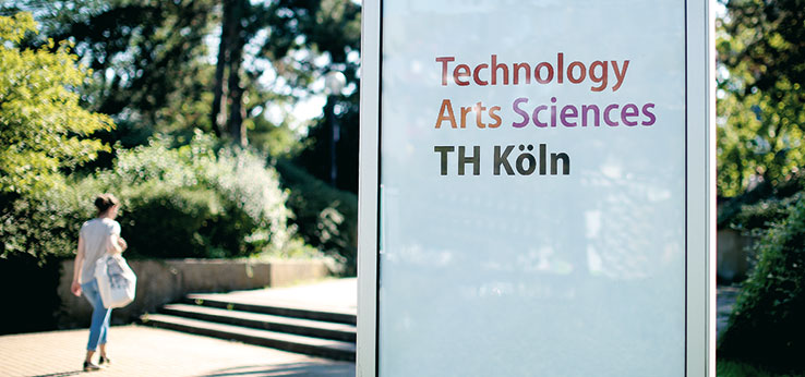 Schild Technology Arts Sciences am Campus Deutz (Bild: Thilo Schmülgen / TH Köln)