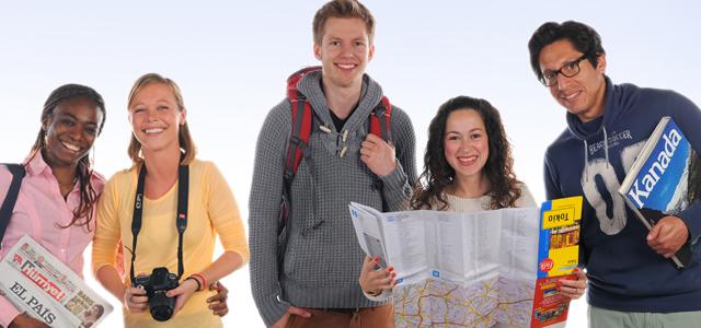 Internationale Studenten, die sich auf die Amerikaner abrenommierten